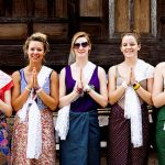 Greeting culture in Laos