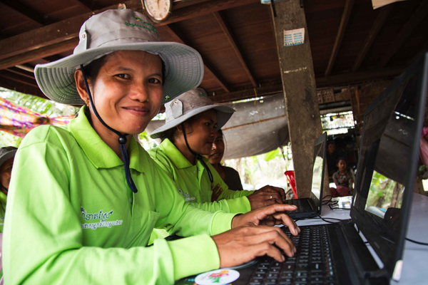 Internet access in Indochina