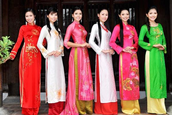 Vietnamese Ao Dai indochina souvenirs
