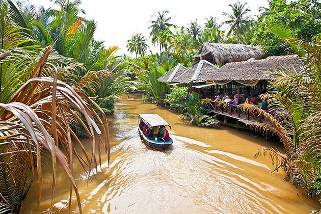 Boat trip Mekong Delta - Vietnam Cambodia Travel 10 Days