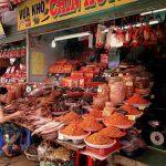 Bustling Vinh Long market