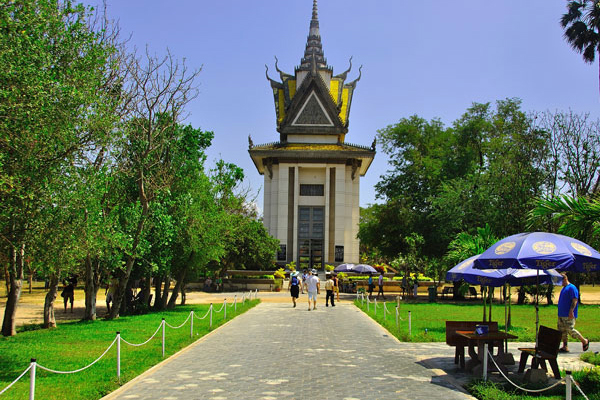 Choeng Ek Killing Fields - Indochina Tours to Vietnam and Cambodia