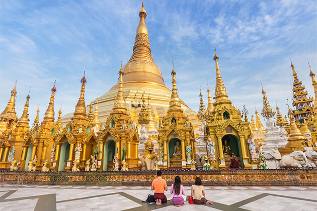 Golden Shwedagon Pagoda - 19 Day Trip in Southeast Asia
