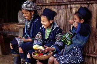 Hmong ethnic girls in Sapa indochina tours