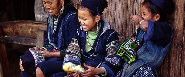 Hmong ethnic girls in Sapa indochina tours