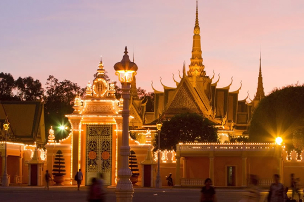 Royal Palace at dusk - Vietnam and Cambodia Tours