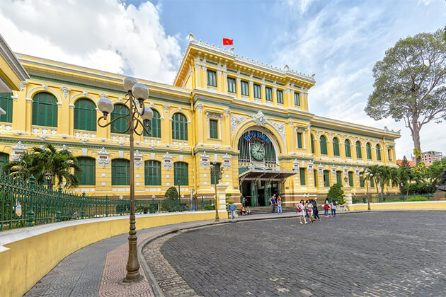 Saigon Post Office - Glance of Vietnam Cambodia 10 Days