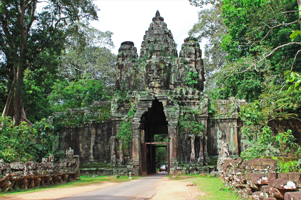 The old Victoria gate of Angkor Thom