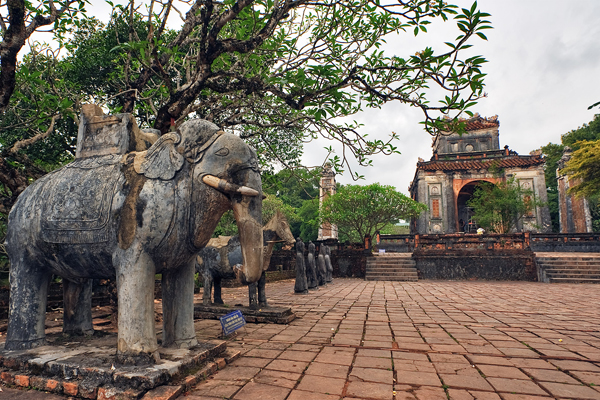 The tomb of King Tu Duc - Indochina 3 Week Tour Package