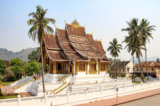 Wat Mai Luang Prabang - Southeast Asia Tour Itinerary 19 Days