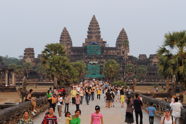 World Heritage Angkor Wat - 20 Day Tour to Indochina