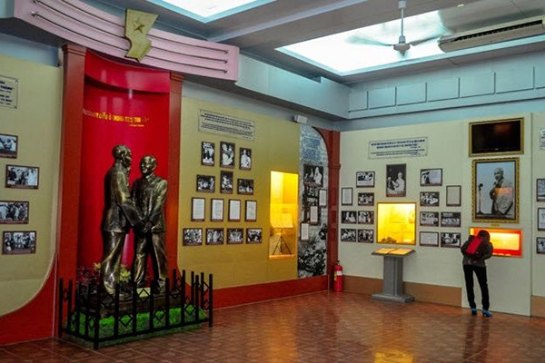Exhibition space inside the Ho Chi Minh museum
