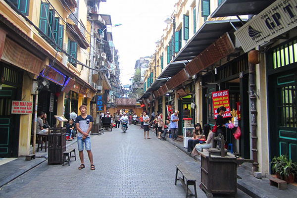 Ta Hien street in Ha Noi Old Quarters known as Pho Tay - Foreigner Street