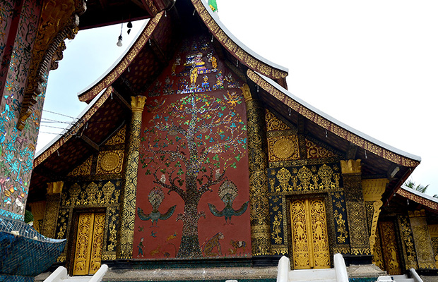Tree of life on the wall of Wat Xieng Thong