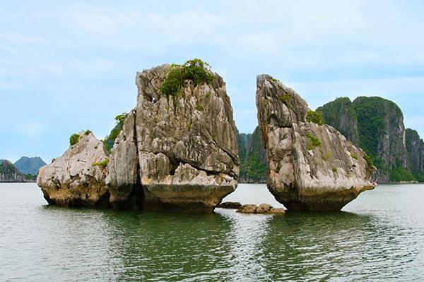 Trong Mai Islet, Ha Long Bay