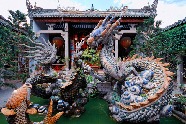 Dragon fountain on the back of Cantonese Assembly Hall, Hoi An