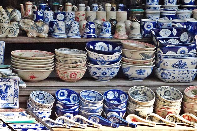Some of famous ceramics villages are Bat Trang (Gia Lam, Hanoi), Chu Dau (Hai Duong), ...
