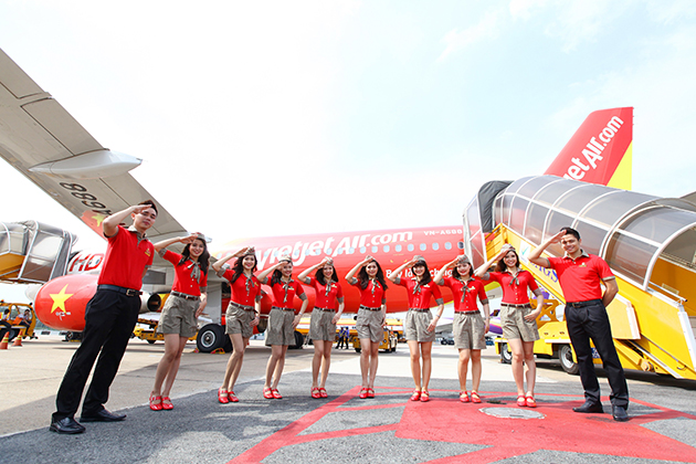 The lowest ticket price starts from 630,000VND without tax included.