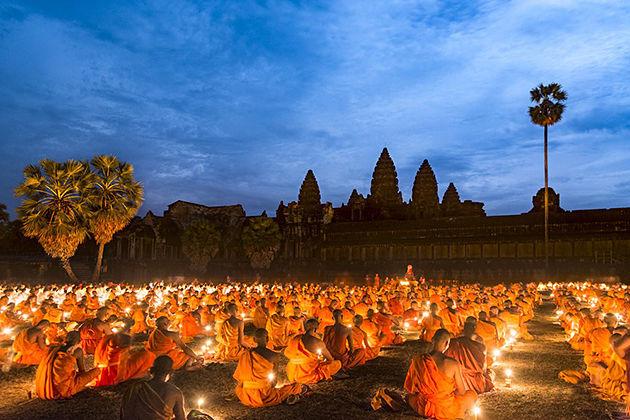 Visaka Bochea Day cambodia festivals