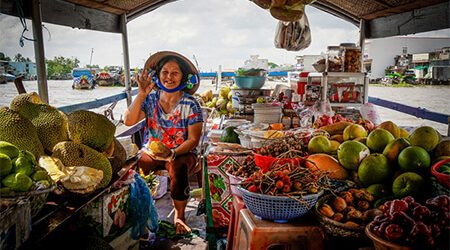 Floating Markets – the Noticeable Highlights in Mekong Delta