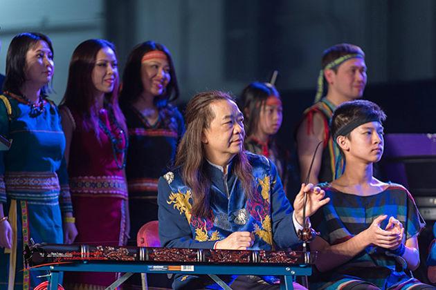 Dan Bau Monochord vietnam musical instruments