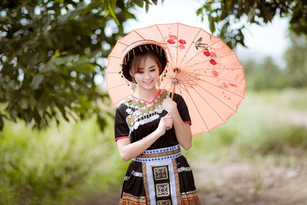 Hmong traditional costume