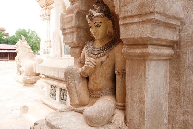 Anada Pagoda Bagan - Trips to Southeast Asia