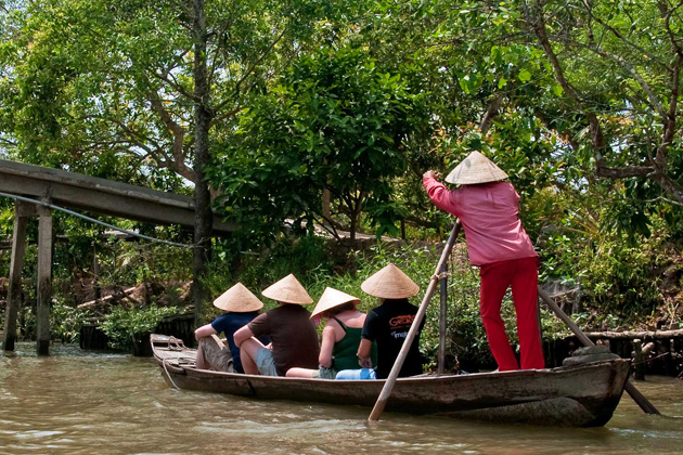 Boat trip in Mekong Delta Vinh Long - Southeast Asia Tours