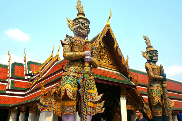 Wat Phrakaew Bangkok - Tour to Southeast Asia