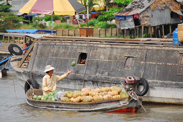 Cruise in Chau Doc - Indochina Trips 22 Days