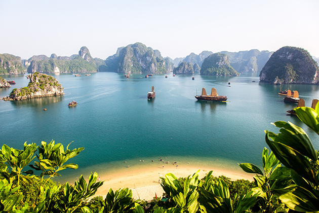 Ha Long Bay Cruise - Vietnam Cambodia Laos Tour