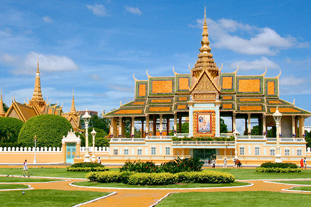 Royal Palace Phnom Penh - Indochina Trips