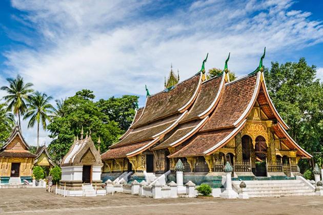 Wat Xieng Thong - Vietnam Cambodia Laos Tours