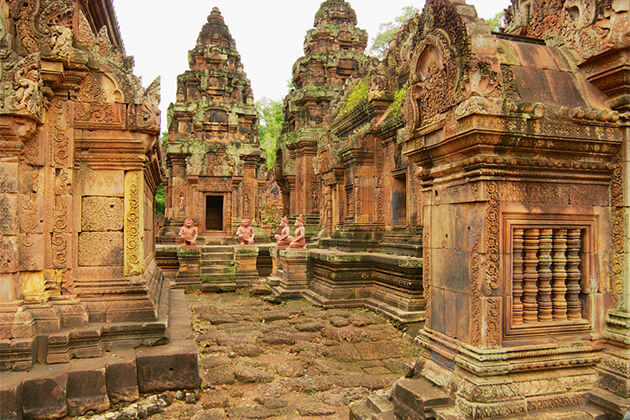 Banteay Srey Temple Siem Reap 24 Days in Indochina