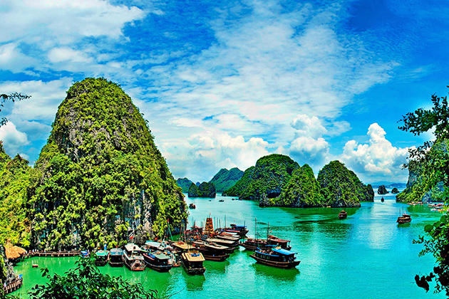 Halong Bay - Most attractive tourist attractions in Vietnam