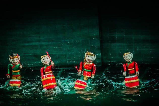 Hanoi Water Puppet Show - Vietnam Cambodia 21 Days