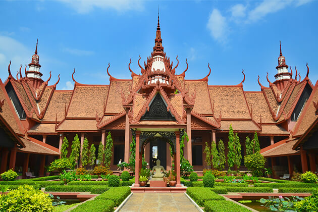 National Museum Phnom Penh - Indochina Tour 24 Days