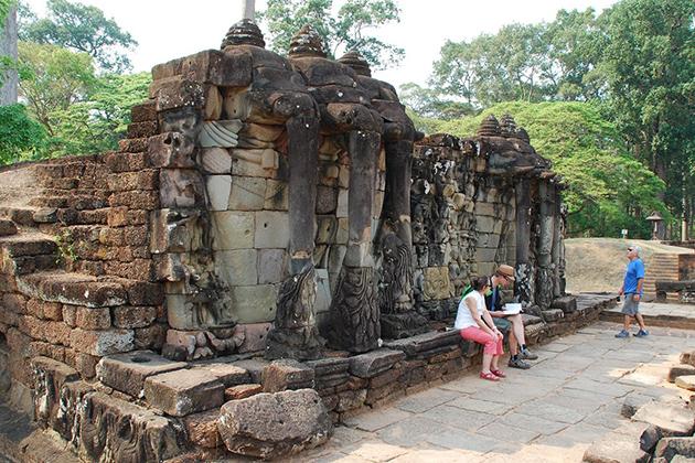 Elephant Terraces Siem Reap Indochina Tour Package
