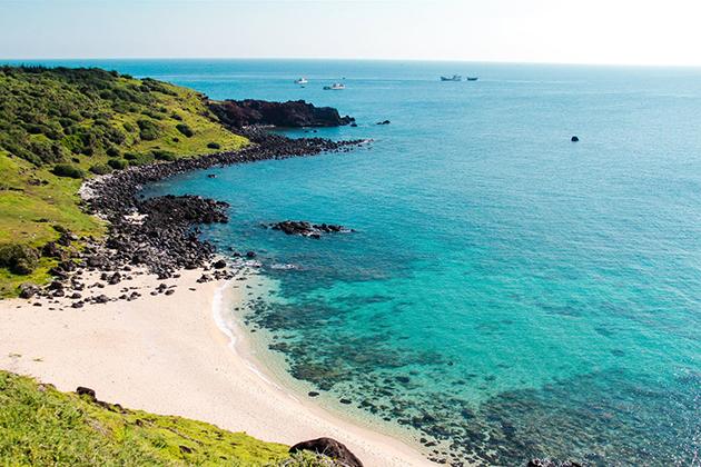Vietnam - Phu Quy Beach