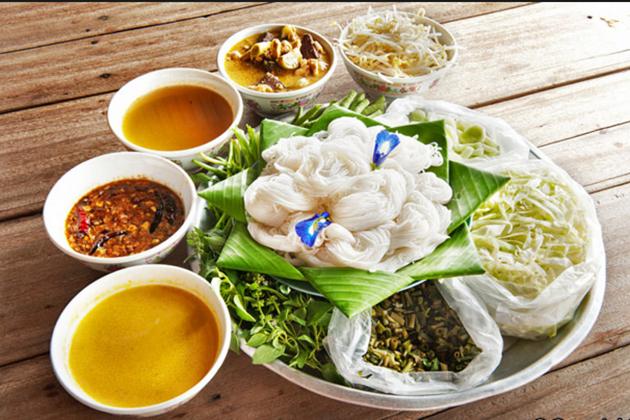 Cambodia Breakfast - Num Banh Chok