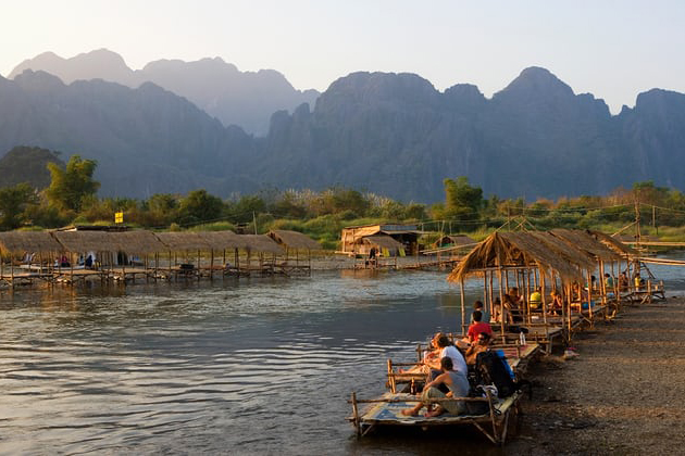 Best time to travel to Vang Vieng Laos