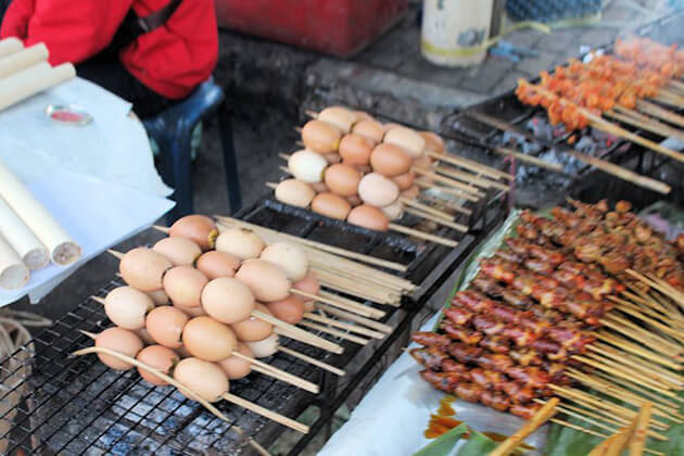 Grilled Eggs - Laos Must Try Street Foods