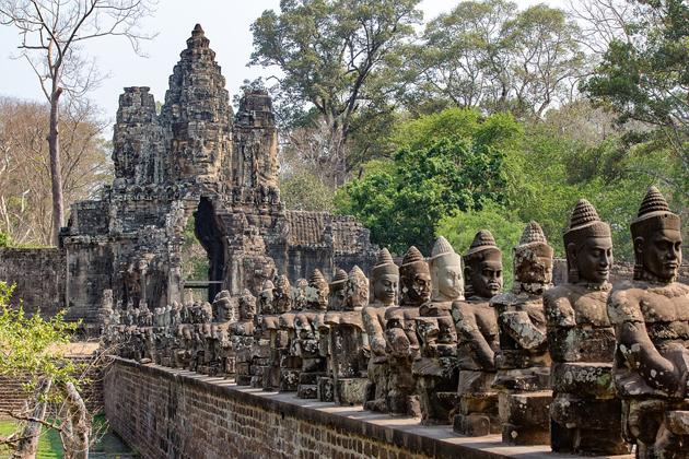 angkor thom complex southeast asia vacation