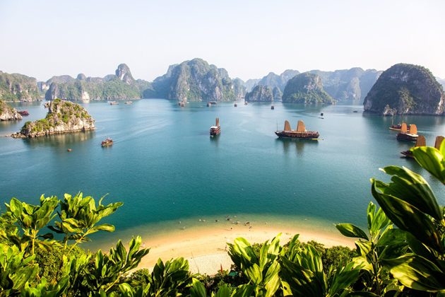Panoramic view of Halong Bay - Indochina Tours