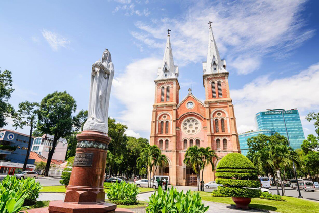 notre dame cathedral indochina tours