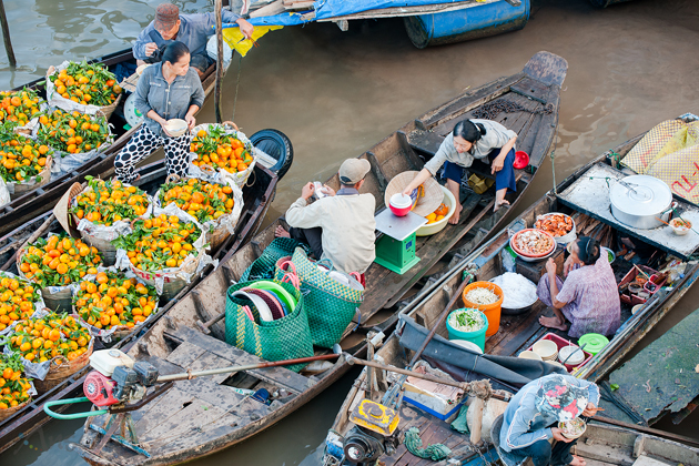Cai Rang Floating Maket - Travel to Vietnam and Laos in 16 Days