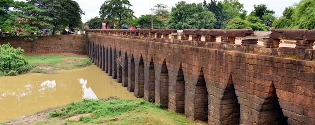 Kampong Kdei Bridge – The Oldest Laterite Bridge in Southeast Asia