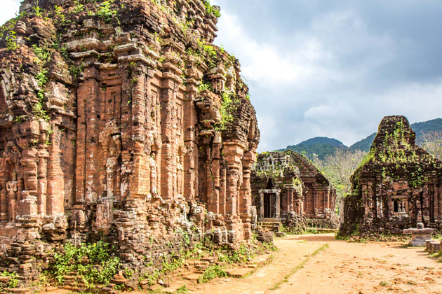 My Son Holy Land - Vietnam Laos 16 Day Trip