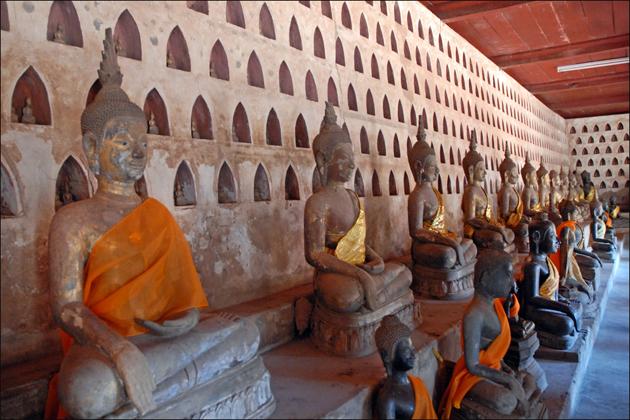 Wat Sisaket - Vietnam Laos 16 Day Tour
