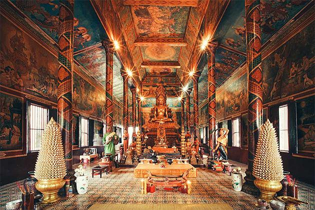 Wat Phnom - Cambodia Laos Tour Itinerary